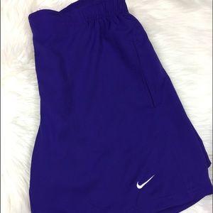 Vintage Nike baggy purple shorts small